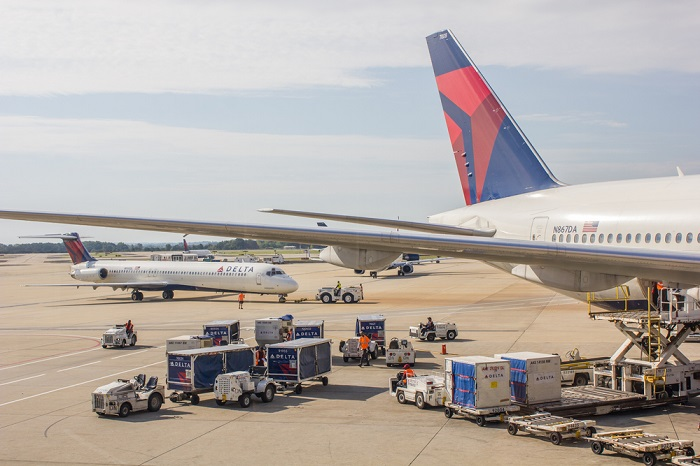 Delta airlines GSE on the ground at Atlanta